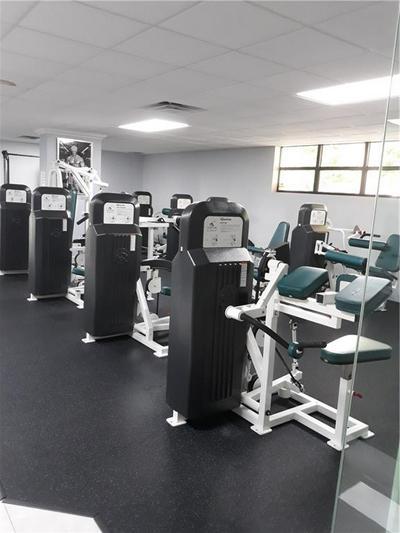 600 PARKVIEW DR APT 316, Hallandale, FL 33009 - Photo 2