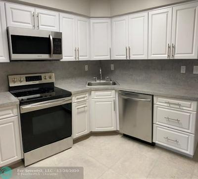 5924 GRANT ST, Hollywood, FL 33021 - Photo 2