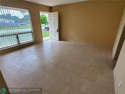 1911 NE 56TH ST # B, Fort Lauderdale, FL 33308 - Photo 2