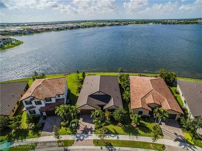 8800 CARRINGTON AVE, Parkland, FL 33076 - Photo 2