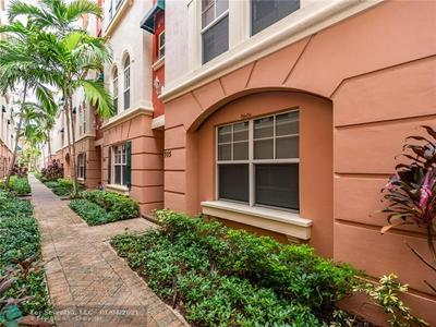 1033 NE 17TH WAY, Fort Lauderdale, FL 33304 - Photo 2