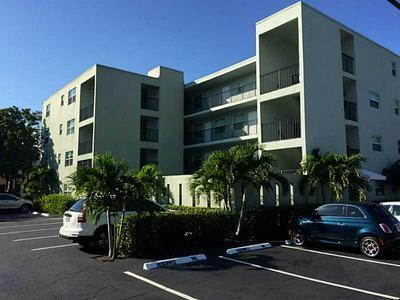 611 NE 14TH AVE APT 302, Fort Lauderdale, FL 33304 - Photo 2