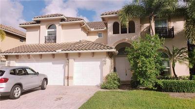 9748 CORONADO LAKE DR, Boynton Beach, FL 33437 - Photo 2