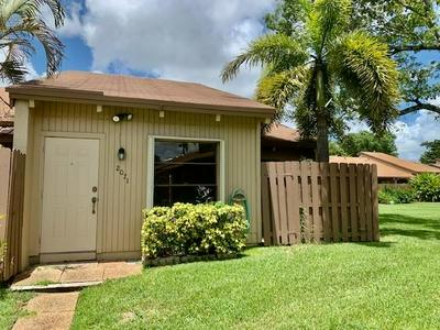 2071 SW 81ST WAY, Davie, FL 33324 - Photo 2