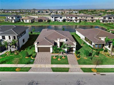 10465 S LAGO VISTA CIR, Parkland, FL 33076 - Photo 1