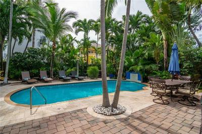 3052 CENTER AVE, Fort Lauderdale, FL 33308 - Photo 2
