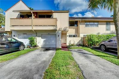 854 NW 81ST TER # 2, Plantation, FL 33324 - Photo 1