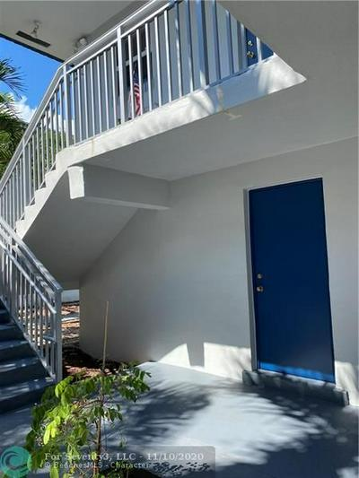 1001 SE 16TH ST APT 5, Fort Lauderdale, FL 33316 - Photo 2