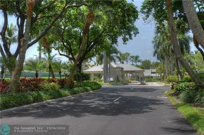 21 ROYAL PALM WAY UNIT 405, Boca Raton, FL 33432 - Photo 1