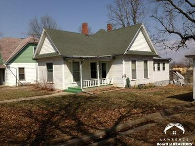 809 CHEROKEE ST, OSKALOOSA, KS 66066 - Photo 1