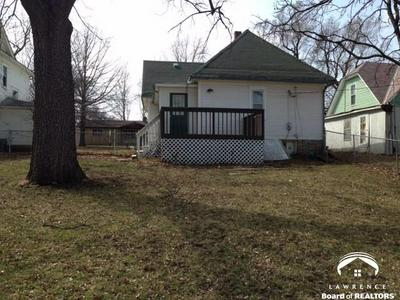 809 CHEROKEE ST, OSKALOOSA, KS 66066 - Photo 2