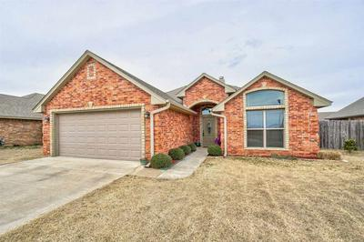 305 NW CREEKSIDE DR, CACHE, OK 73527 - Photo 1