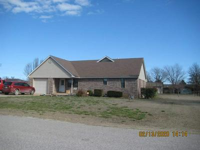 4 S B AVE, Sterling, OK 73567 - Photo 2
