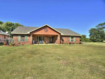 501 W NEBRASKA ST, Walters, OK 73572 - Photo 2