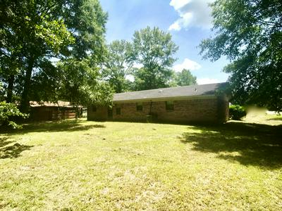 135 OAKWOOD PL, Waynesboro, MS 39367 - Photo 2