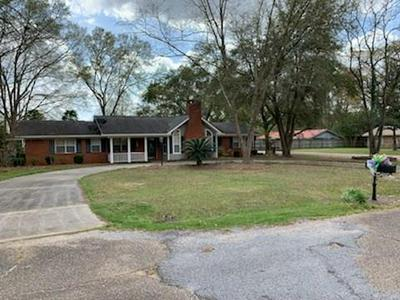 1400 WALNUT ST, Waynesboro, MS 39367 - Photo 1
