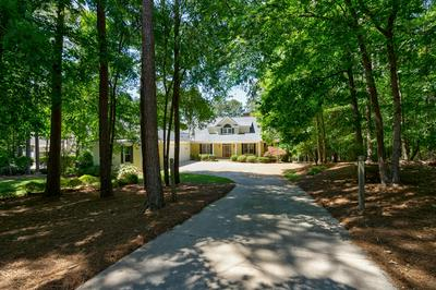 1801 PARROTTS POINTE RD, Greensboro, GA 30642 - Photo 2