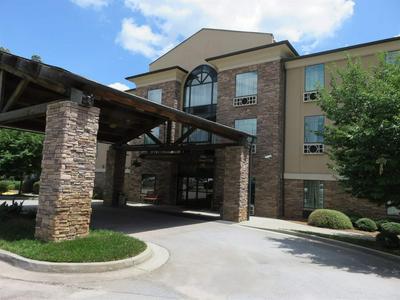 930 UNIT 106 LAKE OCONEE PARKWAY, Eatonton, GA 31024 - Photo 1