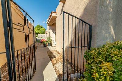 3476 NORTHPOINTE DR, Las Cruces, NM 88012 - Photo 2