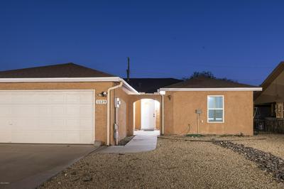 1129 WINTON CIR, Las Cruces, NM 88007 - Photo 2
