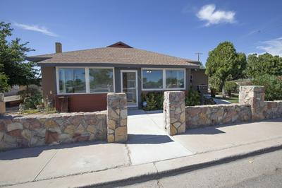 933 E HADLEY AVE, Las Cruces, NM 88001 - Photo 2