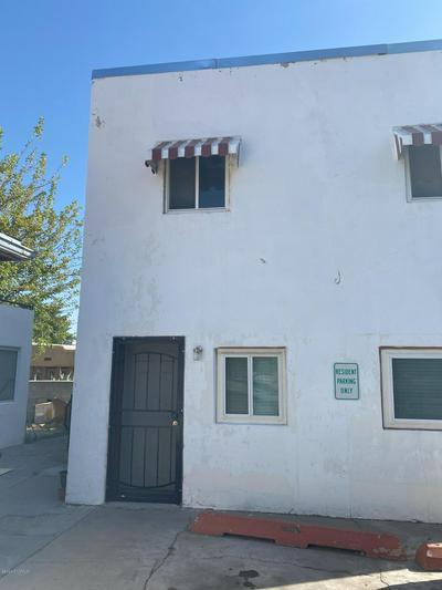 1018 N ALAMEDA BLVD, Las Cruces, NM 88005 - Photo 1