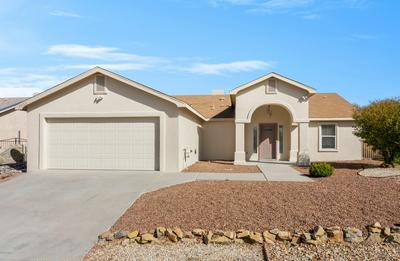2052 FRAN DR, Las Cruces, NM 88007 - Photo 1