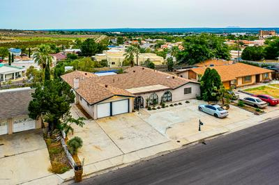 3233 FAIRWAY DR, Las Cruces, NM 88011 - Photo 2