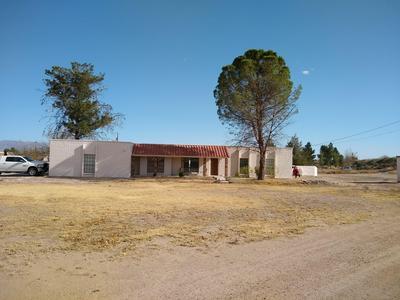 1553 AVENIDA DE QUINTAS, Las Cruces, NM 88005 - Photo 1
