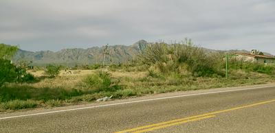 353 OASIS DR, Chaparral, NM 88081 - Photo 2
