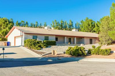 705 SUNDOWN CT, Las Cruces, NM 88011 - Photo 2