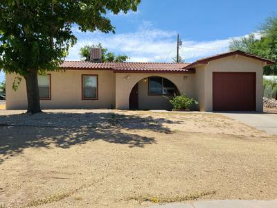1886 WEBSTER AVE, Las Cruces, NM 88001 - Photo 2