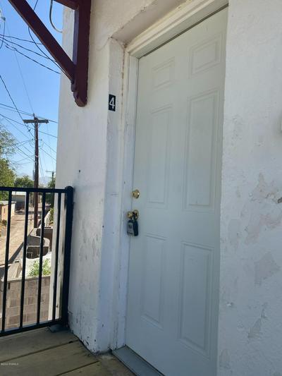 1018 N ALAMEDA BLVD, Las Cruces, NM 88005 - Photo 2