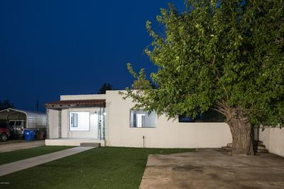 221 W FLEMING AVE, Las Cruces, NM 88005 - Photo 2