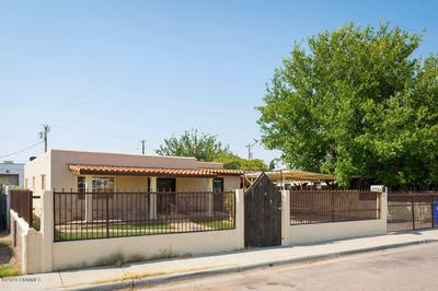 145 W WILLOUGHBY AVE, Las Cruces, NM 88005 - Photo 2