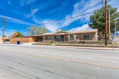 525 S ESPINA ST, Las Cruces, NM 88001 - Photo 2