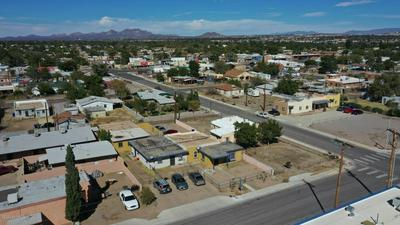 1130 BROWNLEE AVE, Las Cruces, NM 88005 - Photo 2