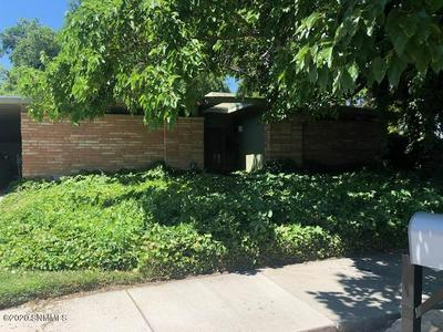 1070 SHARON CIR, Las Cruces, NM 88001 - Photo 2
