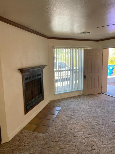 5183 MICRO RD APT 1, Las Cruces, NM 88011 - Photo 2