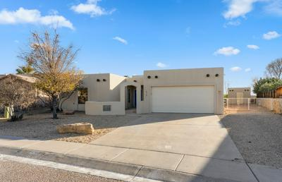 630 LORI DR, Las Cruces, NM 88005 - Photo 1