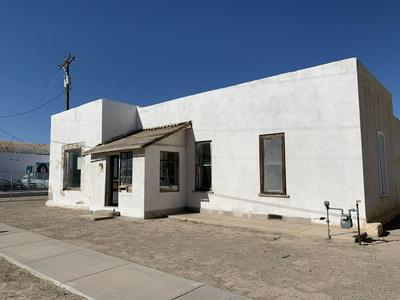 724 W COURT AVE, Las Cruces, NM 88005 - Photo 1