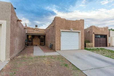 1367 DURAZNO ST, Las Cruces, NM 88001 - Photo 2