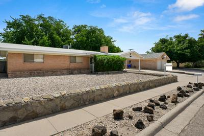 2065 THOMAS DR, Las Cruces, NM 88001 - Photo 1