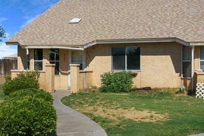 2001 YALE CT, Las Cruces, NM 88005 - Photo 2