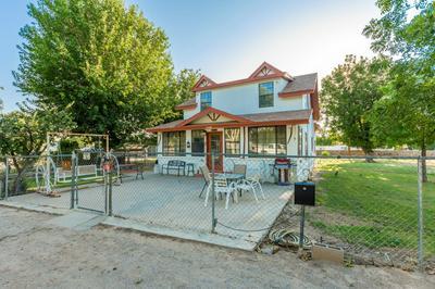 821 WATSON LN, Las Cruces, NM 88005 - Photo 2