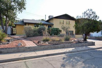 865 LEES DR, Las Cruces, NM 88001 - Photo 2