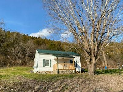 3487 WHITE CONKWRIGHT RD, Winchester, KY 40391 - Photo 1