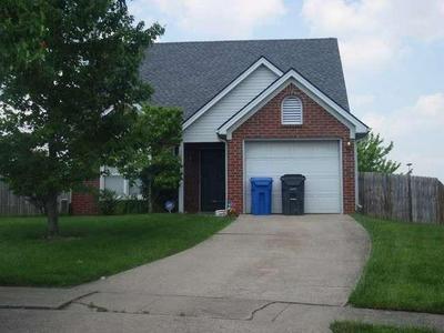 1368 RED STONE DR, Lexington, KY 40509 - Photo 1