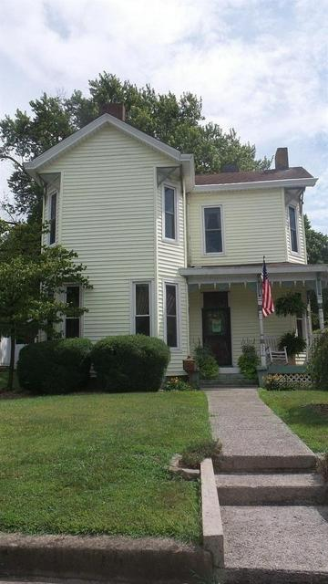 321 E PLEASANT ST, Cynthiana, KY 41031 - Photo 2