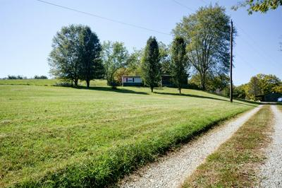 5205 BYBEE RD, Winchester, KY 40391 - Photo 2
